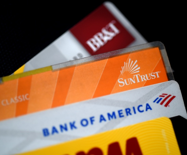 Pandemic led to U.S. housing boom, reduced credit card debt, Report