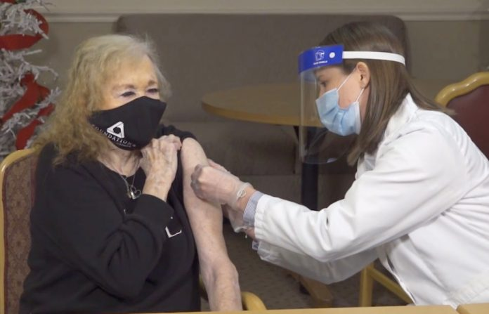Ontario's full vaccination target may be hard to reach: experts say
