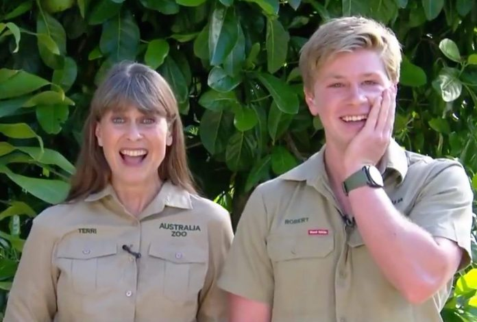 Watch: Terri Irwin Scolds Robert When He Describes Pregnant Sister Bindi As