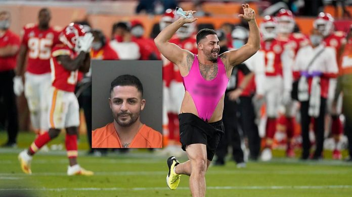 Yuri Andrade: Florida man who ran on field at Super Bowl arrested, charged by police