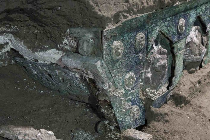 Archaeologists found the 'Lamborghini' of chariots preserved near Pompeii (Study)