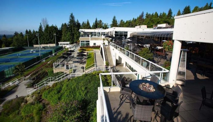 B.C. cancels West Vancouver country club's clinic offering AstraZeneca vaccine to members, Report