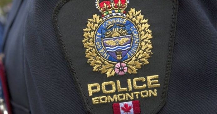 Calgary police officer charged with on-duty assault, Report