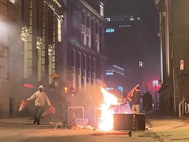 Montreal mayor calls destructive protests against COVID-19 curfew 'stupid', Report