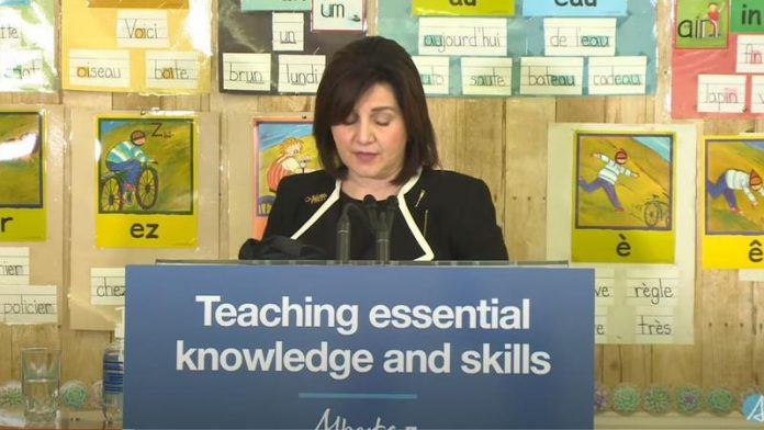 Alberta Teachers Association has lost confidence in Education Minister, Report