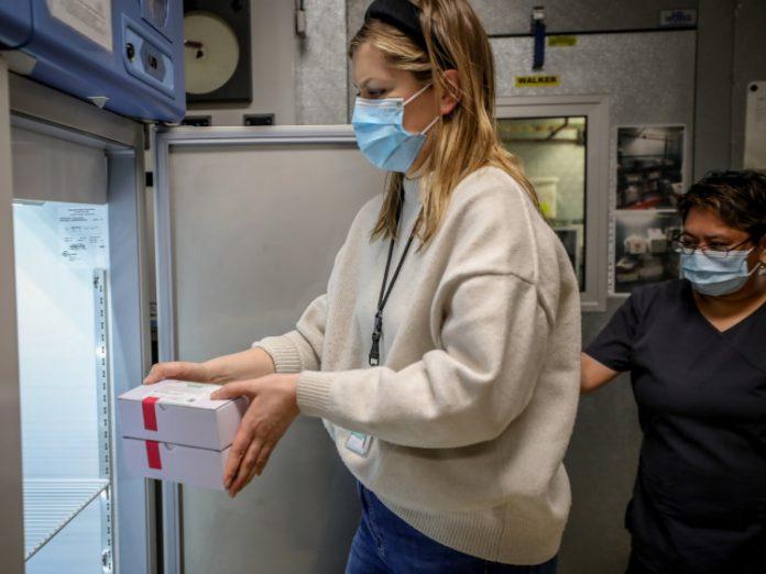 Coronavirus Canada Updates: New and active cases of COVID-19 fall in Alberta Saturday