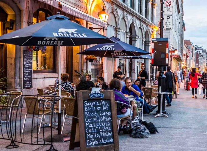 Montreal patios are reopening but restaurant owners say they lack staff, Report