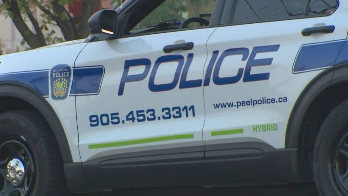 Police: Two people are dead after crash in Mississauga, Ont.