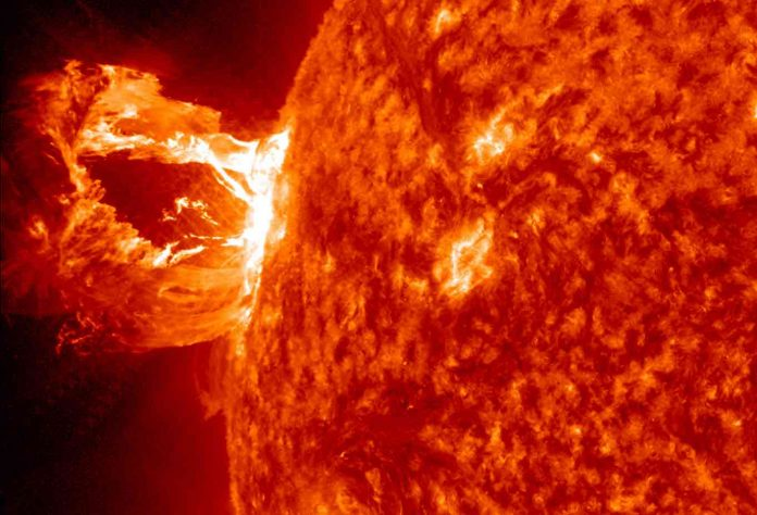 Report: Solar Storms Are Back, Threatening Life as We Know It on Earth