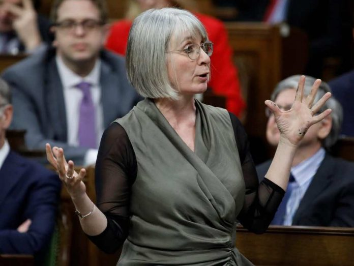 Handing over Winnipeg lab docs has 'national security' implications: Patty Hajdu