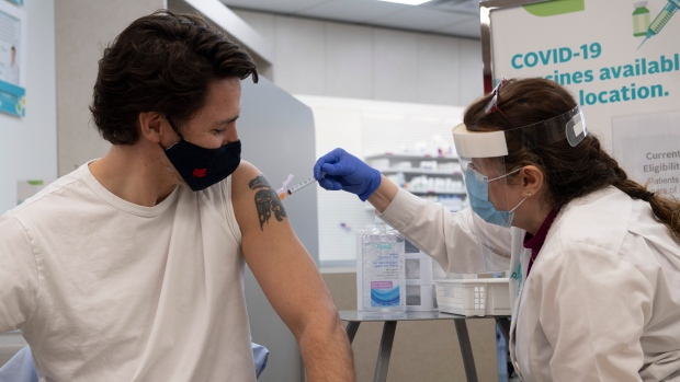 PM Trudeau says he's getting 2nd dose of vaccine on Friday