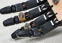 Researchers Design Smart Foam Material That Lends Robotic Hand Ability to Self-repair