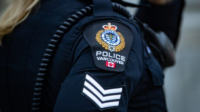 Coronavirus: Police federation calls for more officers to enforce B.C. vaccine passport
